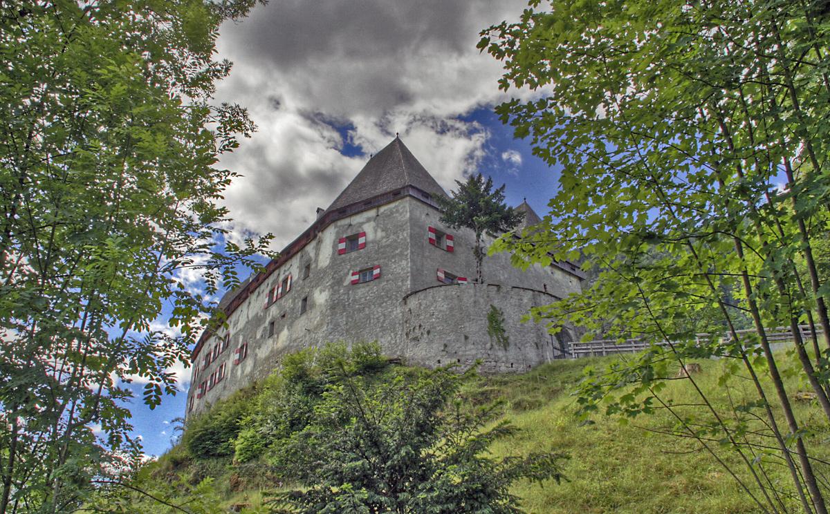 Schloss Staufeneck 6