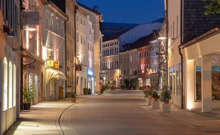 Teisendorf Marktstrasse Nacht